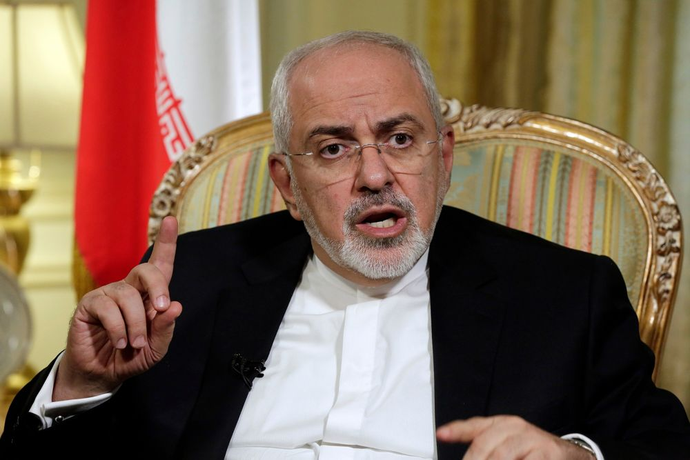 En esta foto del 24 de abril de 2018, el ministro de Asuntos Exteriores de Irán, Mohammad Javad Zarif, es entrevistado por The Associated Press en Nueva York. (AP Photo / Richard Drew)