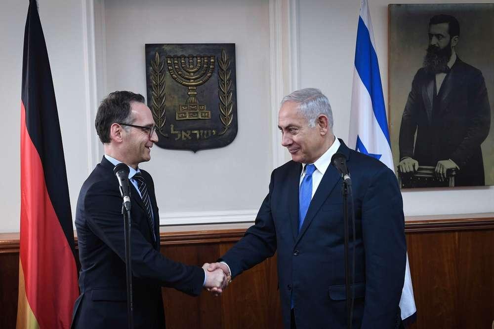 El primer ministro Netanyahu se reúne con el ministro de Asuntos Exteriores alemán, Heiko Maas, el 26 de marzo de 2018. (GPO / Kobi Gideon)