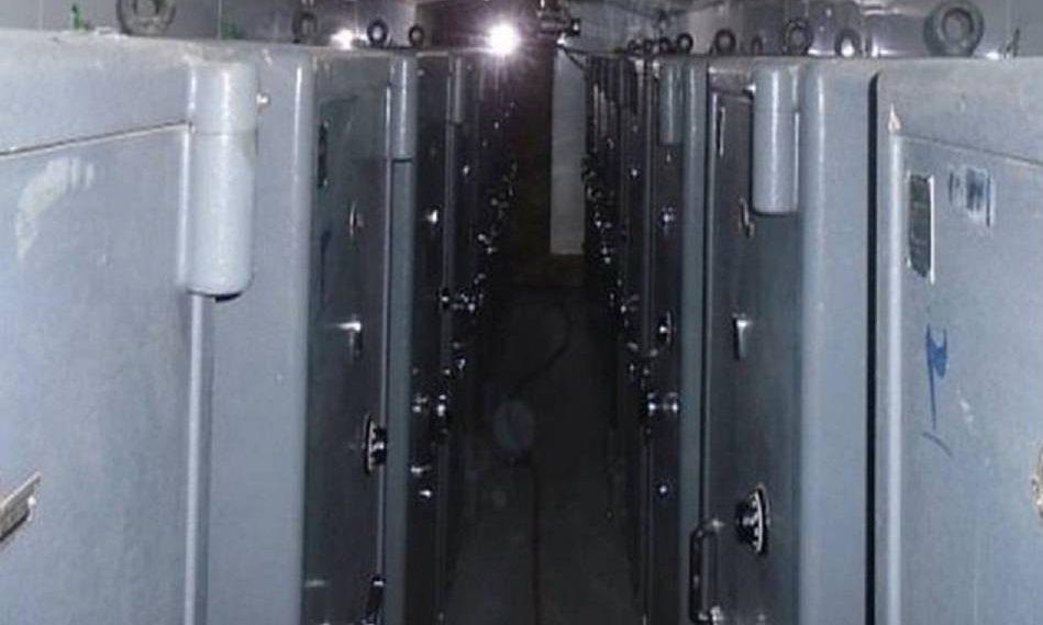 Cajas fuertes dentro de un almacén en Shorabad, al sur de Teherán, donde agentes del Mossad descubrieron y extrajeron decenas de miles de archivos secretos pertenecientes al programa de armas nucleares de Irán (Oficina del Primer Ministro)