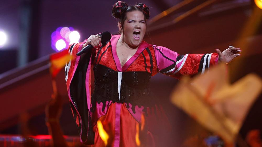 נטע ברזילי מופיעה בגמר אירוויזיון 2018 (רויטרס)