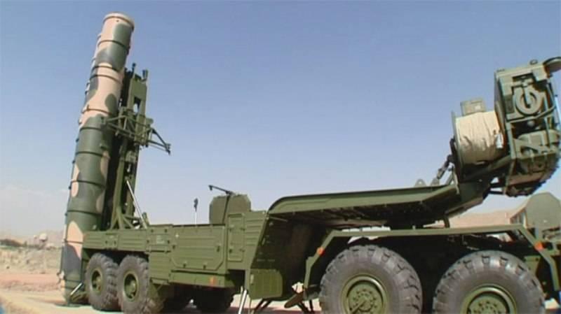 Misiles de largo alcance S-300 de fabricación rusa en el sitio nuclear de Fordo en el centro de Irán, 28 de agosto de 2016. (Captura de pantalla / Prensa TV)