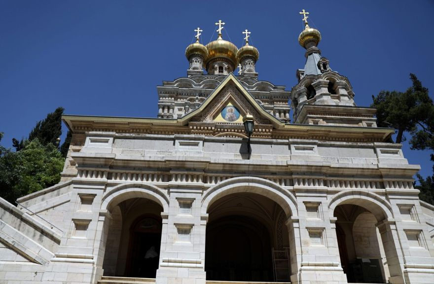 Una vista general de la iglesia ortodoxa rusa Santa María Magdalena, ubicada en el Monte de los Olivos en Jerusalén, el 14 de junio de 2018. \ AMMAR AWAD / REUTERS
