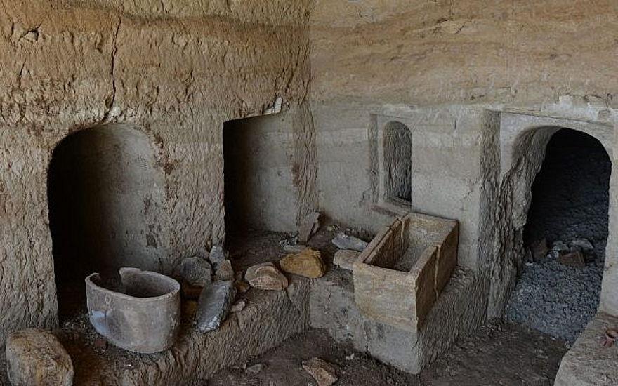 El caso del hormigón perdido: cómo se encontró una cueva funeraria de 2.000 años de antigüedad