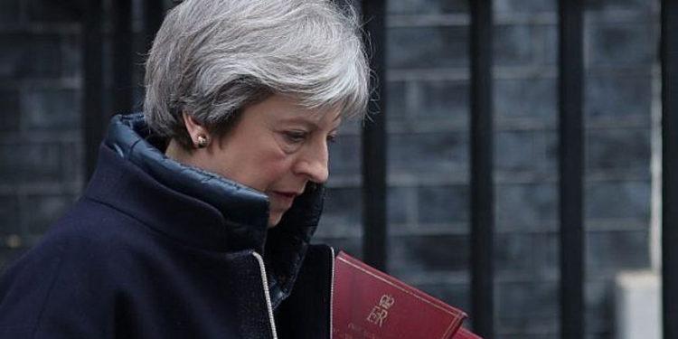 Jihadista planeó ataque suicida contra primera ministra británica según la policía