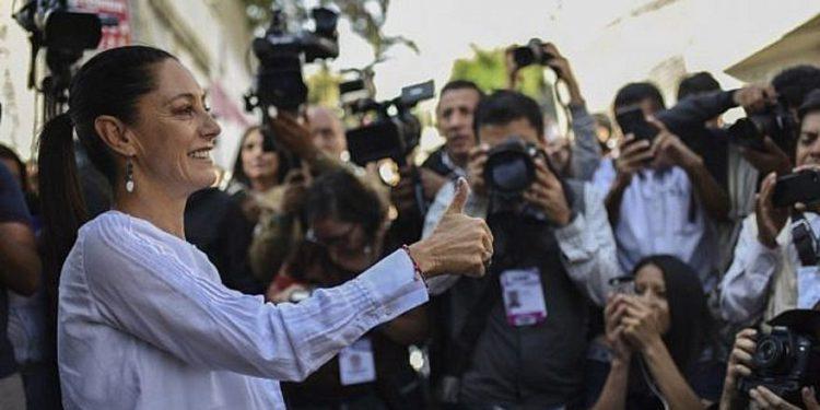 Ciudad de México elige alcalde judía, según encuesta a pie de urna