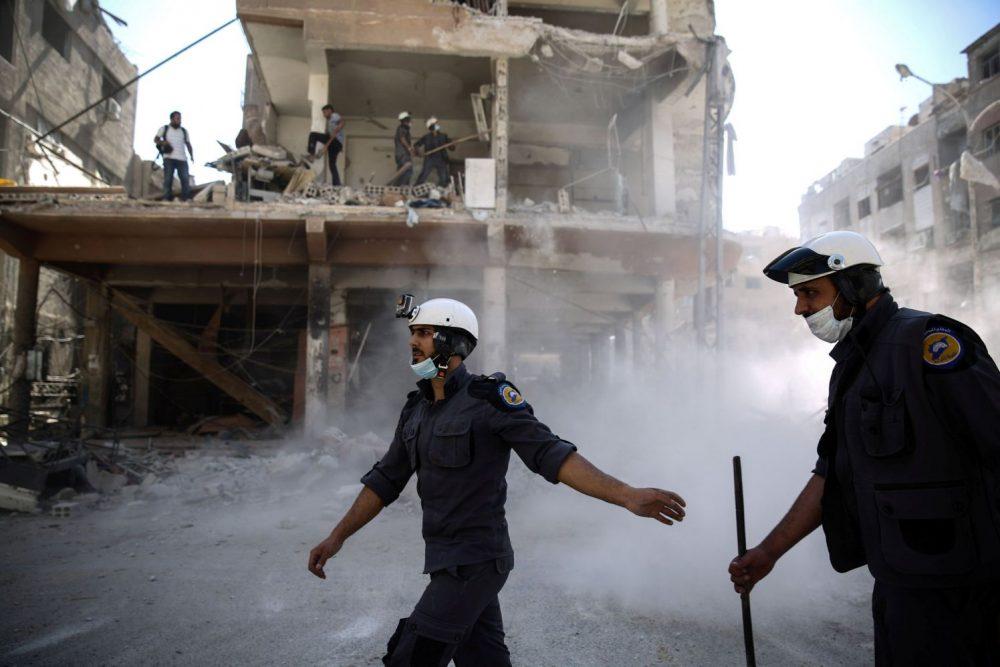 Miembros de Cascos Blancos en Douma, Siria, 5 de octubre de 2016. Crédito: AFP