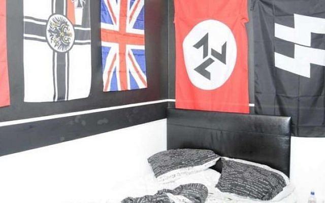 La derecha extrema y los símbolos neonazis encontrados en el dormitorio neonazi Jack Coulson del Reino Unido (North East Counter Terrorism Policing)