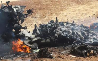 El grupo terrorista Estado Islámico publica imágenes de lo que dice son restos de un avión sirio derribado por Israel el 24 de junio de 2018 (Captura de pantalla cortesía de Walla