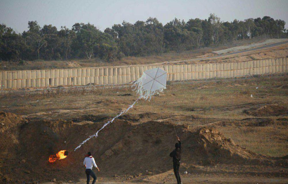Fuerza Aérea de Israel atacó a una célula terrorista incendiaria de Gaza
