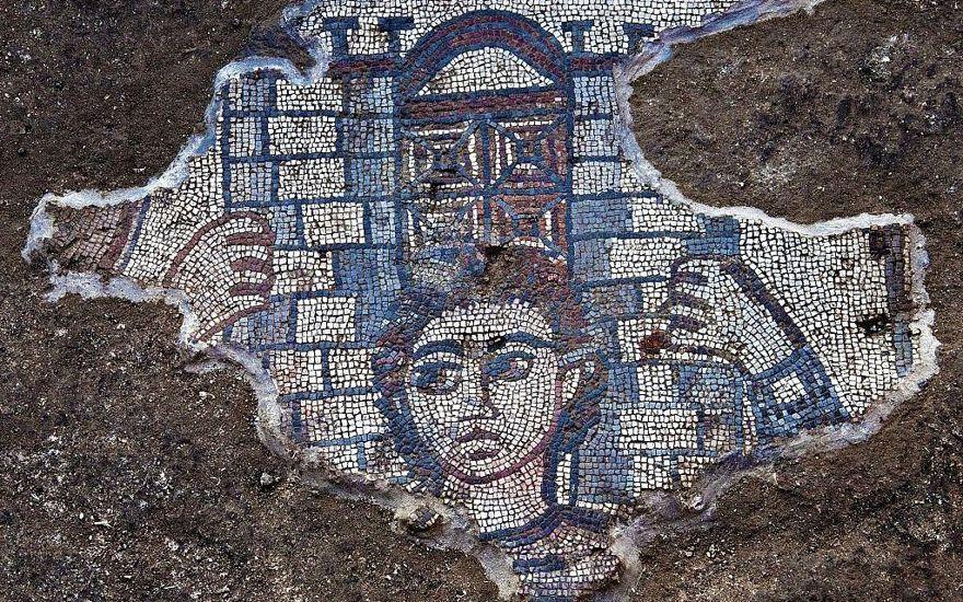 Mosaicos bíblicos de 1.600 años de antigüedad en Israel