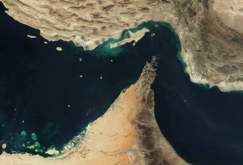 Vista satelital del estrecho de Hormuz (crédito de la foto: NASA / dominio público)