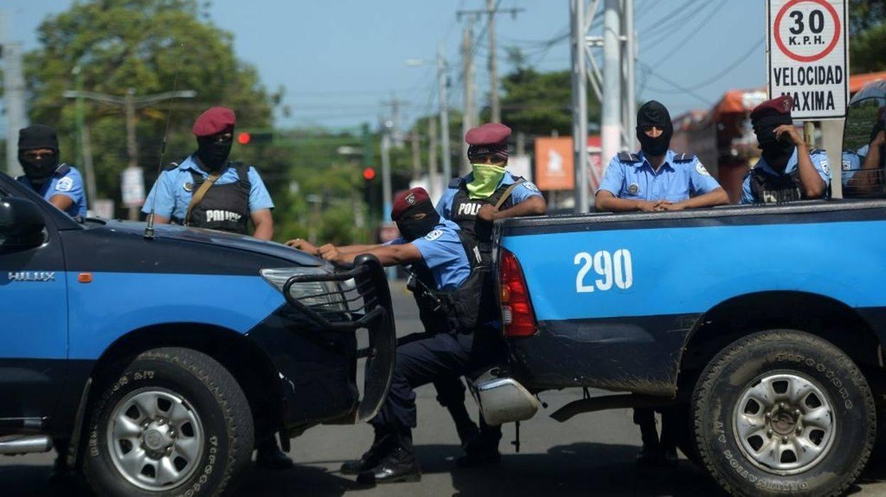 Las fuerzas de seguridad de Nicaragua actúan con el apoyo de grupos paramilitares(AFP PHOTO / MARVIN RECINOS)