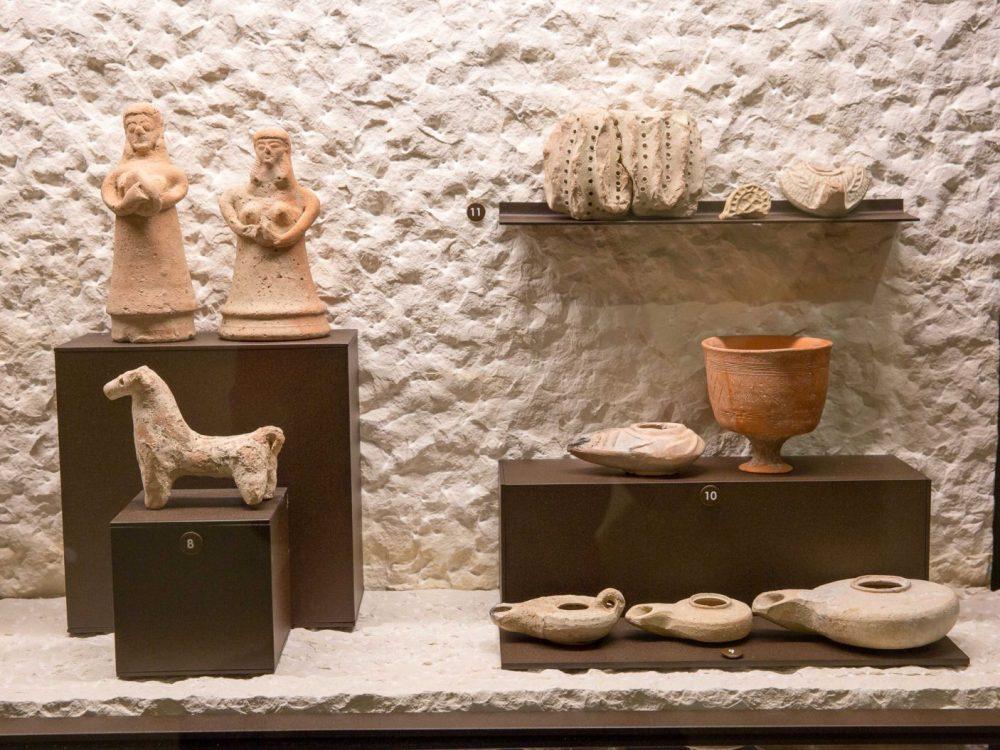 Expone en el Museo Terra Sancta. Algunos han sido almacenados por 100 años y nunca se han exhibido. (Emil Salman)