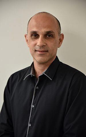 Tal Levy, el gerente general de Bio-Technology General (Israel) Ltd. (BTG), que fue adquirida por la multinacional suiza Ferring en 2005 (Cortesía)