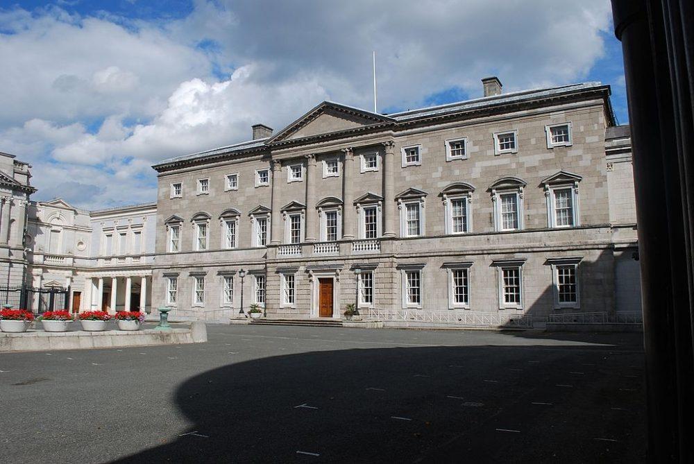 La sede del Parlamento irlandés, Leinster House, en Dublín. (Imagen: Jean Housen/Wikimedia Commons).