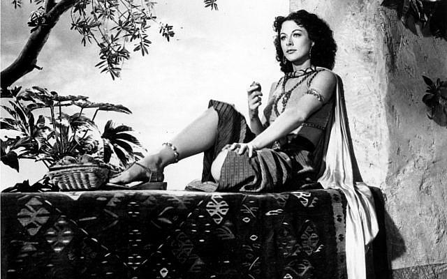 La actriz Hedy Lamarr en el set de la película 'Samson and Delilah', en 1949. (AP)