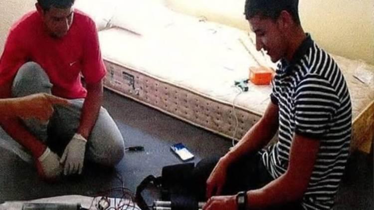 Youssef Aalla, a la izquierda, murió en un tiroteo con la policía en Subirats