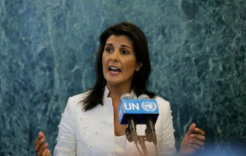 Embajador de los Estados Unidos ante la ONU, Nikki Haley. (Foto de Kena Betancur / Getty Images)