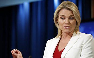 La portavoz del Departamento de Estado, Heather Nauert, habla durante una sesión informativa en el Departamento de Estado en Washington, el 9 de agosto de 2017. (AP Photo / Alex Brandon)