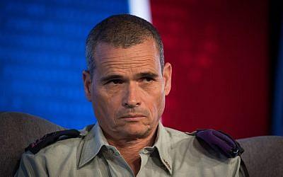 El mayor general Yoel Strick, comandante del Comando del Norte, en una conferencia de la israelí Television News Company en el Centro Internacional de Convenciones de Jerusalén (ICC) el 3 de septiembre de 2018. (Yonatan Sindel / Flash90)