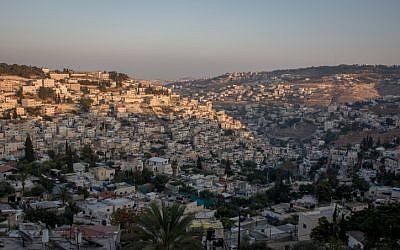 Una vista de Jerusalem Este, 8 de agosto de 2016. (Zack Wajsgras / Flash90)