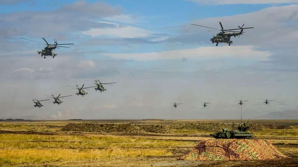 Helicópteros en formación