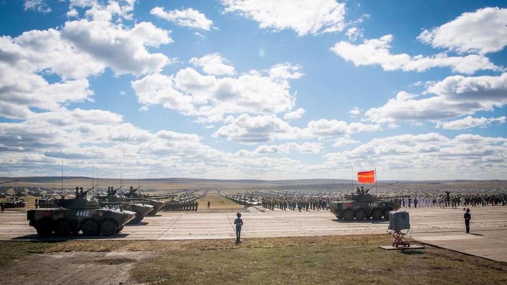 Los ejercicios reúnen a 300.000 soldados de Rusia, Mongolia y China