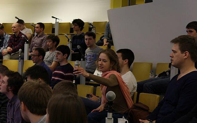 Estudiantes que asisten a las clases de ciencias de datos Yandex en Rusia (Cortesía)
