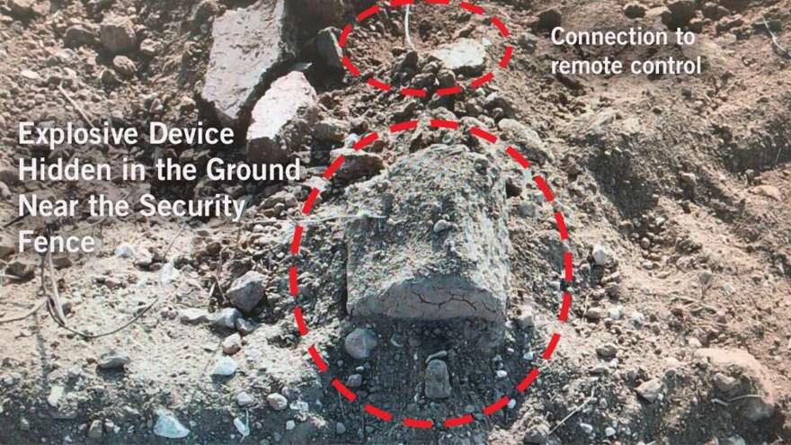 Un artefacto explosivo improvisado conectado a un receptor de control remoto, que las FDI encontraron en la frontera sur de Gaza y destruyeron en una detonación controlada el 14 de septiembre de 2018. (Fuerzas de Defensa de Israel)