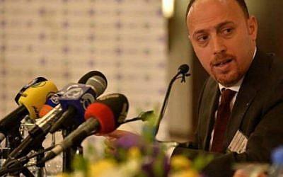 Dr. Husam Zomlot, jefe de la Delegación General de la Organización para la Liberación de Palestina en los Estados Unidos. (Cortesía)