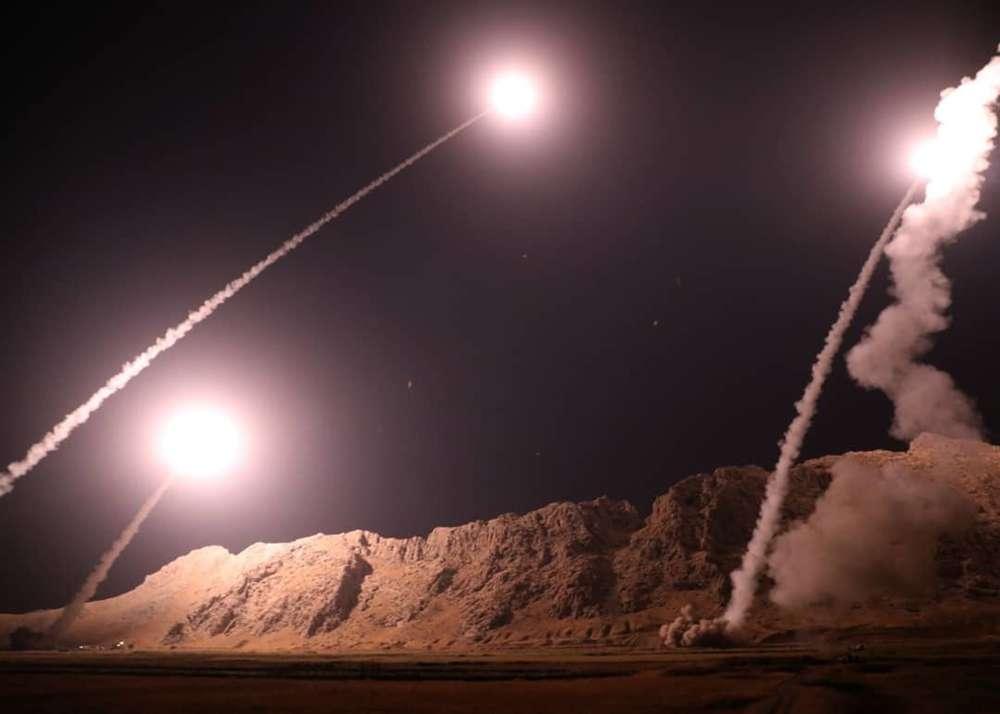Guardia Revolucionaria de Irán lanza misiles en Siria por el ataque del desfile