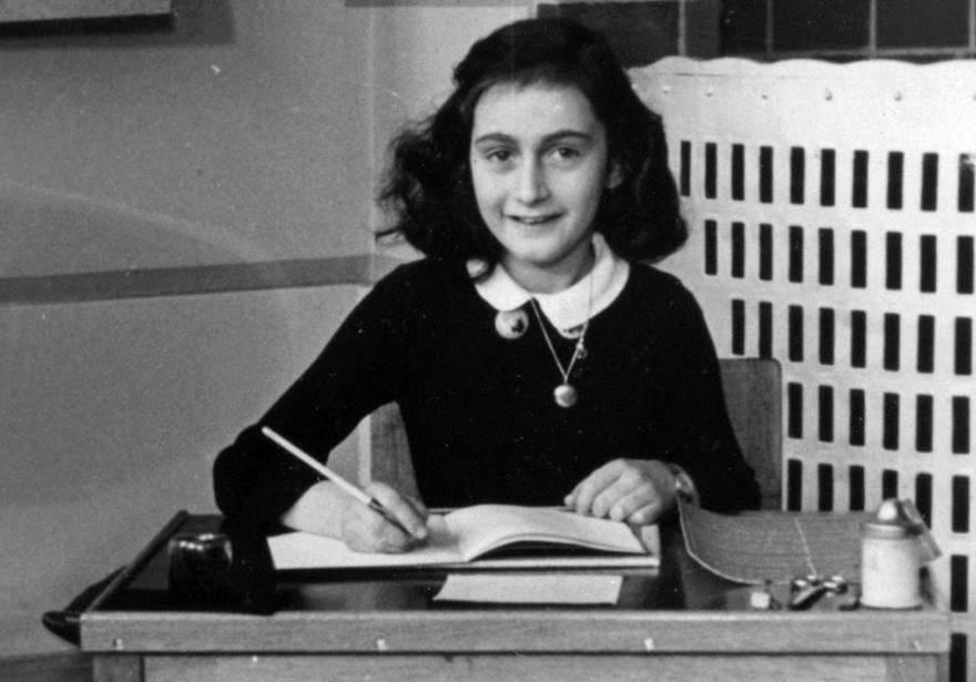 La hermanastra de Ana Frank cuenta su historia