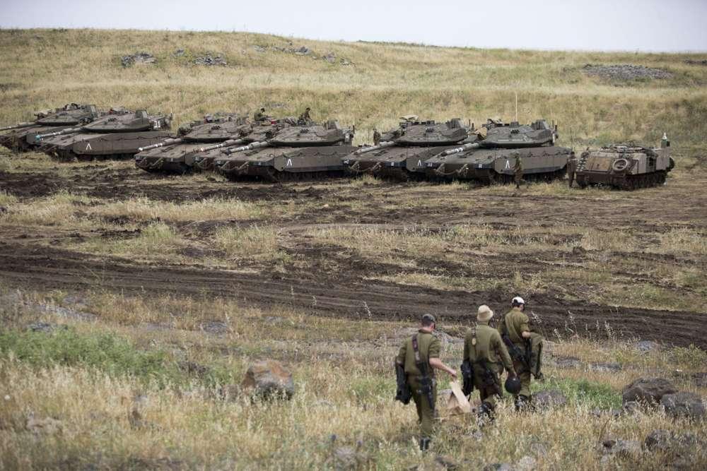Mientras Israel apunta a Irán en Siria, Estados Unidos prevé represalias contra sus fuerzas