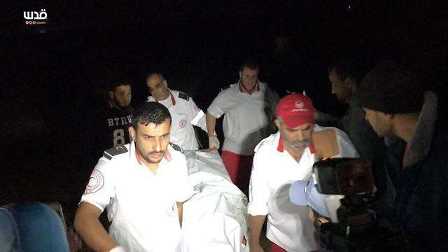 Cuerpos de árabes llevados al hospital de Gaza