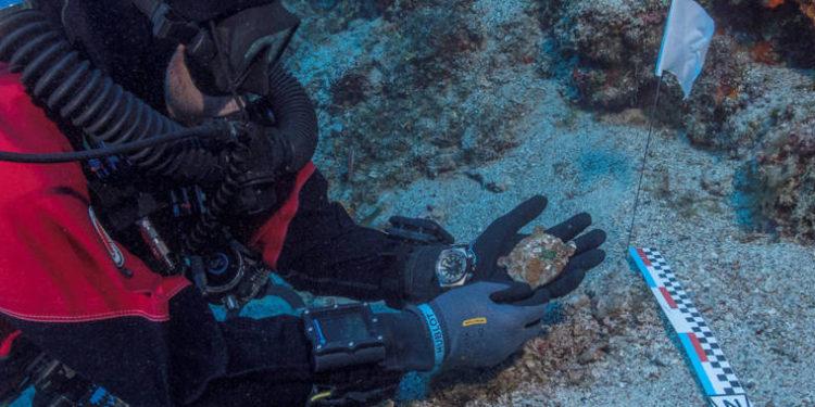 Pieza faltante del Mecanismo Anticitera encontrado en el fondo del Mar Egeo