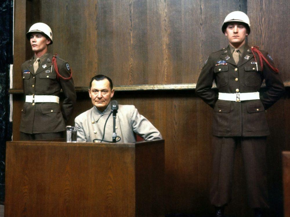 Hermann Goering en el juicio de Nuremberg, en 1946. Uno de los principales nazis que era un adicto a las drogas. imágenes falsas