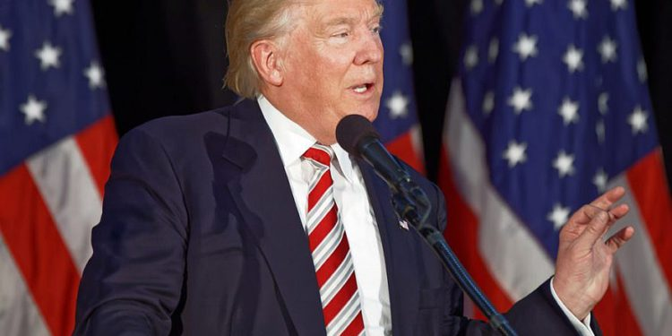 """A pesar de la nueva ronda de sanciones contra Irán, Trump asegura """"suficiente petróleo"""" para uso mundial"""