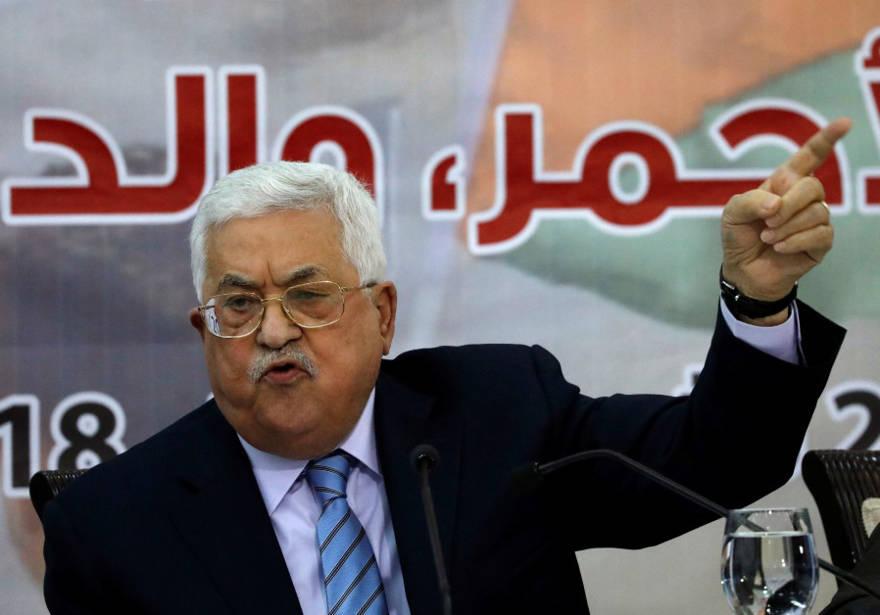 """Abbas """"rechazó millones de dólares"""" a cambio de concesiones en Jerusalem"""