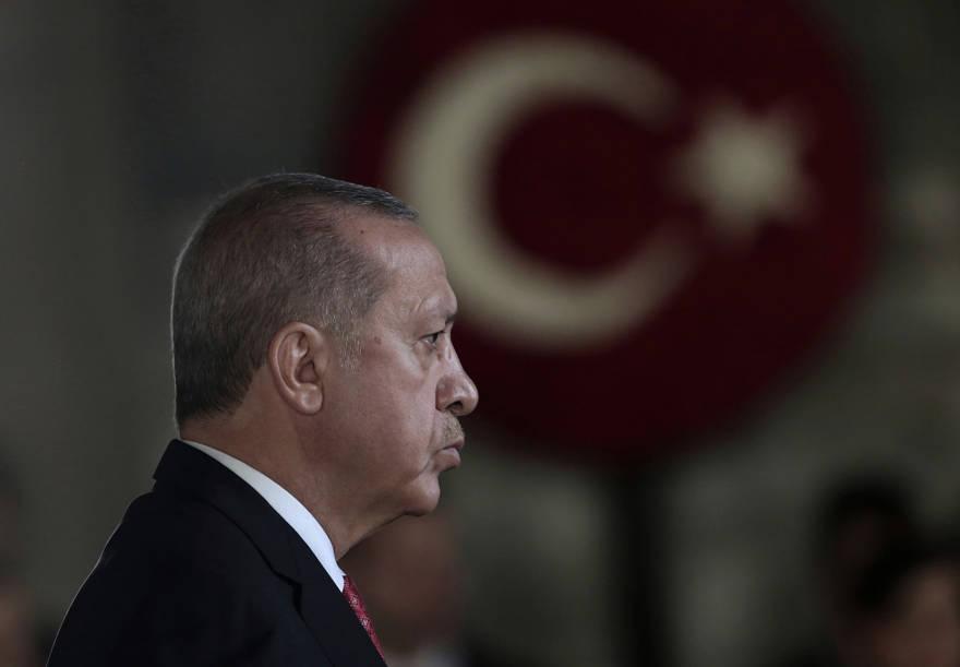 Turquía recluta sirios para luchar en Libia