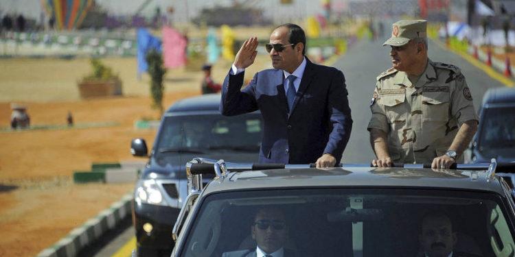 """Egipto ofrece apoyo militar si los Estados del Golfo """"se ven amenazados"""""""