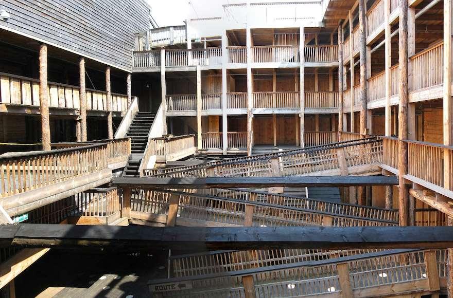 El Arca de Noé de Huibers es un barco de 390 pies de largo, 75 pies de altura.Aquí hay una vista del interior.(Wikimedia Commons)