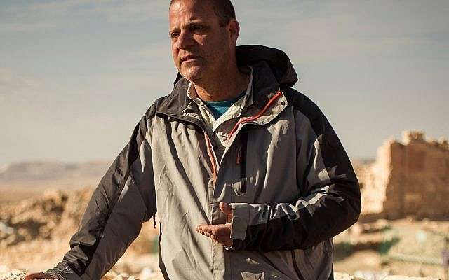 Prof. Guy Bar-Oz, jefe del Laboratorio de Arqueozoología del Instituto Zinman de Arqueología de la Universidad de Haifa en la excavación Shivta en el Negev.(cortesía)