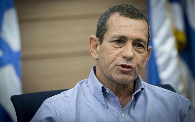El jefe de Shin Bet, Nadav Argaman, asiste a una reunión de la Comisión de Defensa y Asuntos Exteriores de la Knesset el 20 de marzo de 2017. (Yonatan Sindel / Flash90)
