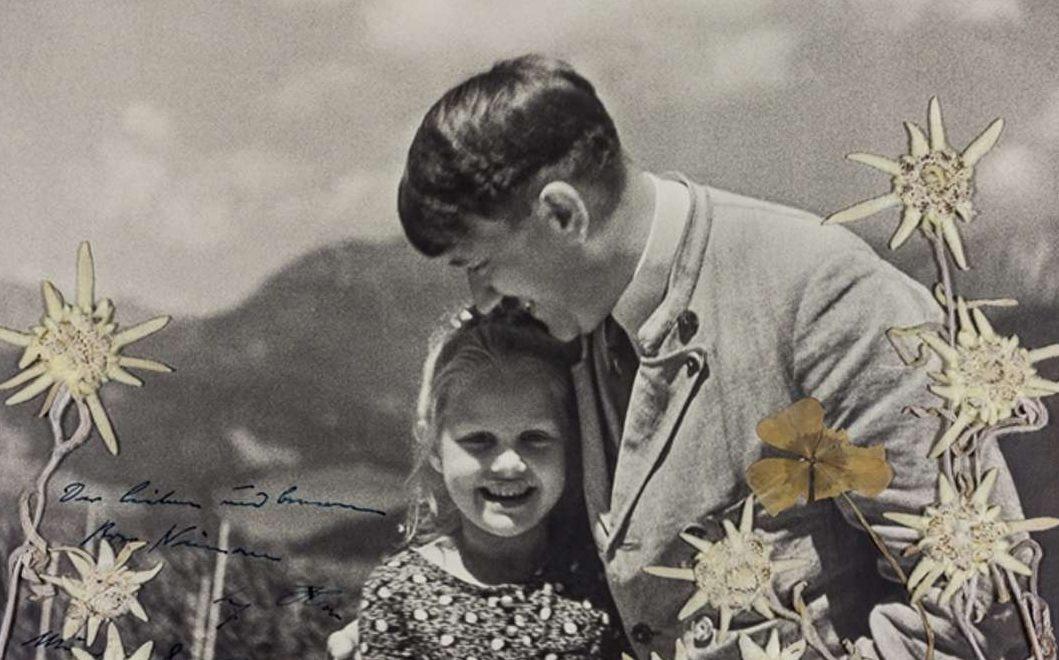 En subasta: Foto de Hitler abrazando a una joven que él sabía que era judía