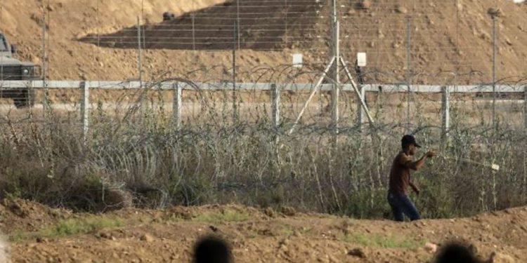Terrorista de Gaza lanza granadas a valla de seguridad, fue capturado