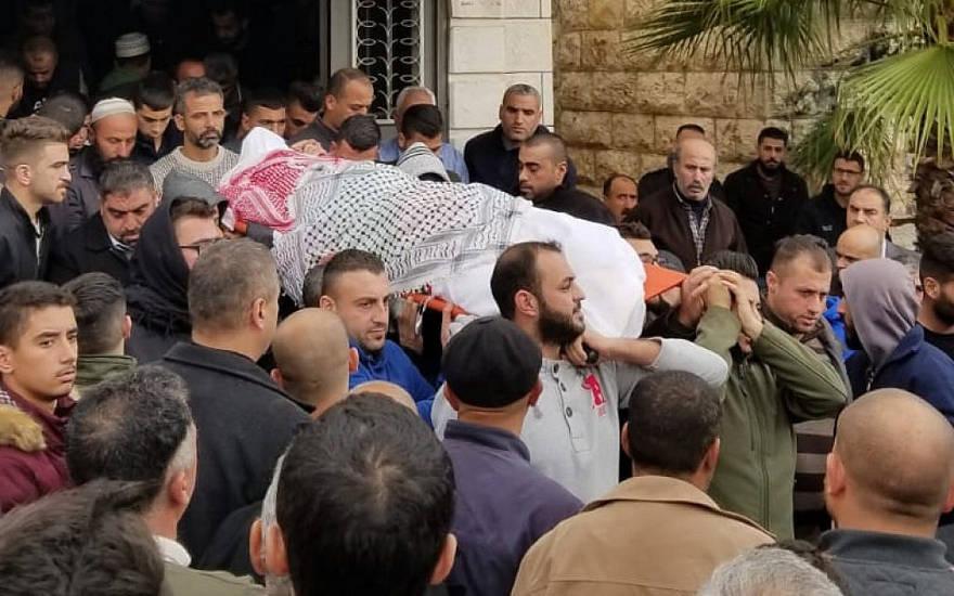 En Hebrón, entierran a palestino asesinado en Ashkelon por cohete disparado desde Gaza