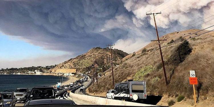 ONG israelí envía ayuda a California tras incendios forestales