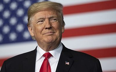 El presidente de los Estados Unidos, Donald Trump, habla en la Conferencia Nacional de Barrios Seguros del Proyecto 2018 en Kansas City, Missouri, el 7 de diciembre de 2018. (Jim WATSON / AFP)