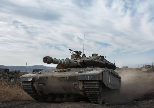 Los equipos de tanques del 75.º Batallón de la Séptima Brigada entrenan con su nuevo Merkava Mk. 4 tanques. (Crédito de la foto: IDF SPOKESMAN'S UNIT)