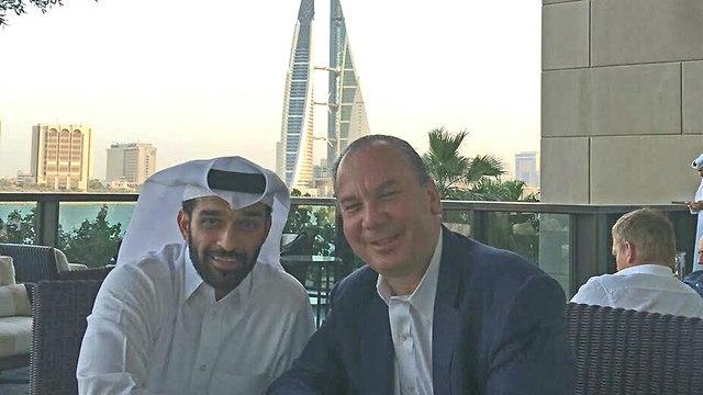 Rabino Marc Schneier con al-Thawadi